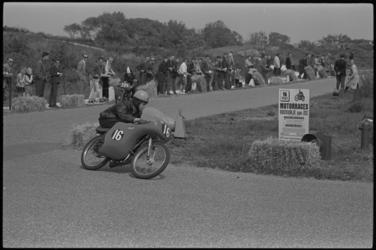 5251 Motorraces in Rockanje.
