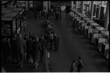 5315 Aankomsthal vliegveld Gatwick.