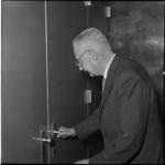 580-1 Opening van het nieuwe hoofdkantoor van de Spaarbank te Rotterdam aan de Botersloot door mr. J.J.C.R. van der ...