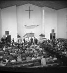 6171 Opening en ingebruikneming van de gereformeerde 'Ontmoetingskerk' aan de Koningin Wilhelminalaan 1 in Spijkenisse.