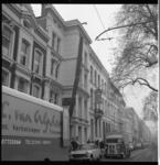 6451 Verhuizing door verhuis- en transportbedrijf Van Alphen op de Eendrachtsweg in de wijk Cool.