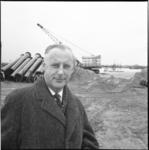 6465 Burgemeester Koos Bliek (VVD) van Spijkenisse bij bouwplaats.