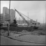 6487 Werkzaamheden in de bouwput op het Schouwburgplein i.v.m. bouw van een ondergrondse parkeergarage. Op de ...