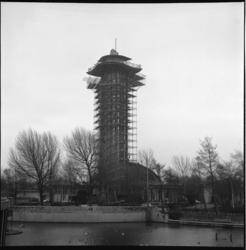 6497 Toren Diergaarde Blijdorp in de steigers in verband met renovatie.