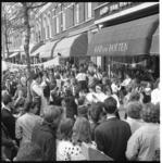 6511 Manifestatie 'Actie Opgeruimd Staat Netjes' met scholierenspelen in de Zwart Janstraat, hier voor de ...