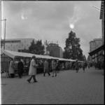 652-1 Markt op de Coolsingel, dinsdag na Pinksteren.