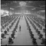 6526 Honderden kandidaten voor schriftelijk examen vakdiploma aannemer in Ahoy-gebouw.