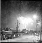 6547 Publieke belangstelling op Parkkade i.v.m. een groot vuurwerk, vanaf het Charloisse Hoofd, op Koninginnedag.