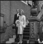 6780 AVRO-omroepster Lonneke Hoogland is op het stadhuis van Vlaardingen in het huwelijk getreden met mr. J.F.A. de ...