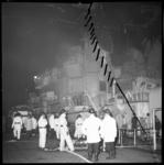 6870 Brand aan boord van torpedobootjager H.M. 'Overijssel' in de machinekamer.