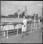 7057-1 Varende modeshow op de rondvaartboot Erasmus.