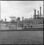 7153 Bermbrand bij Shell-raffinaderij