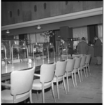 7292 Interieur van bar, dancing en cabaretgelegenheid Pompadour gevestigd in de Beurs (de vroegere Beursfoyer) wordt geveild.