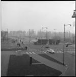 7312 Kruising Boezemlaan-Boezemstraat; aan de overkant van de Paradijsbrug de Bosdreef, rechts de Boezemlaan en op de ...