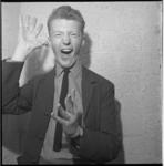 7427 Zeventienjarige komiek en parodist André van Duin
