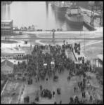 7755-1 Staking met poortactie op de scheepswerf van Wilton-Fijenoord in Schiedam.
