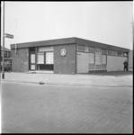 7861-2 Nieuwe politiebureau in Pernis hoek G.A. Soetemanweg en Overhandstraat.