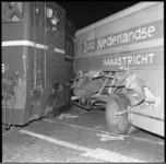 8371 Aanrijding tussen goederenlocomotief en vrachtwagen van Zuid Nederlandse op Marconiplein.