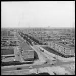 8551 Jacob van Campenweg in wijk Het Lage Land. Gefotografeerd vanaf de hoogbouwflat aan de Huslystraat. Op de kruising ...