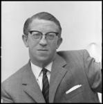 8630 Portret van mr. dr. P. Lucas, jurist, historicus.