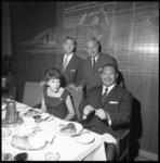 8653 Filmacteur Harold Sakata (rechts) bekend uit de James Bondfilm Goldfinger.