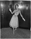 876-4 Modeshow van Gerzon's Modemagazijnen N.V.