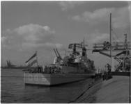 913 Op de oude werf van Wilton-Fijenoord in Rotterdam (Delfshaven) wordt de onderzeebootjager Overijssel in dienst gesteld.