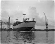 926 Bij C. van der Giessen en Zonen's Scheepswerven N.V. wordt het motorvrachtschip Island Skipper te water gelaten.