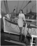 941 Fotomodel Olga Leroy (16) aan boord van de Sibajak bij aankomst in Rotterdam.