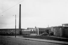 1976-2206 De Hofdijk met het schildersbedrijf Damco.