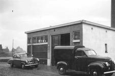 1976-2207 De Schoterbosstraat met het schildersbedrijf Damco. Bij de Hofdijk.
