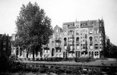 1976-2554 Gezicht op de Spoorsingel bij de Klein-Coolstraat ( rechts ).