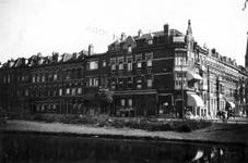 1976-2572 Gezicht op de Spoorsingel aan de oostzijde, met rechts de Provenierssingel aan de noordzijde met de ...
