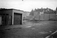 1976-2593 Gezicht op de omgeving van de Almondestraat.