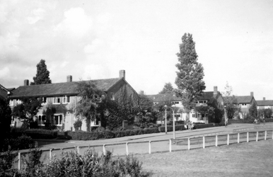 1976-2631 Gezicht op de Enk.