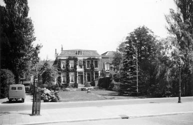 1976-2640 Gezicht op de 's Gravenweg.