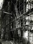 -865 Album met foto's, reproducties, programma's, etc. betreffende de Sint-Laurenskerk en de restauratie ...