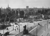 2003-1468 Restanten van gebouwen aan de Coolsingel, met links de Kruiskade, daarachter de Diergaardelaan en de ...