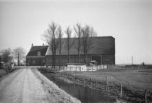 2007-2623 Boerderij (in Charlois?)