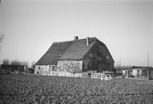 2007-2627 Boerderij (in Charlois?).