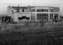XIV-213-02 De door het bombardement beschadigde Twentsche Bank aan de Noordblaak.