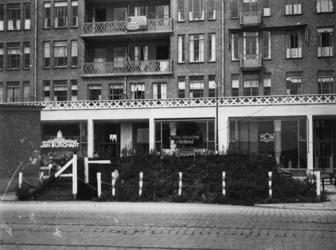 1977-3184 Een schuilkelder op de Goudsesingel.
