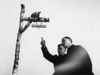 1977-3374 In een werkkamp, georganiseerd door de Nederlandsche Arbeidsdienst.