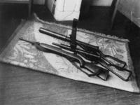 1977-3582 Vuurwapens van knokploegen.