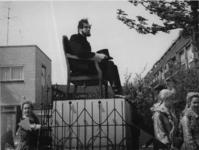 1977-3594 Herdenking van de bevrijding in 1945. Historiese optocht Recht zo die gaat .