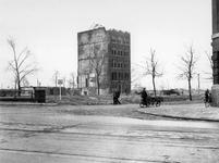 1977-3770 Restanten na het Duitse bombardement van 14 mei 1940. De Schiedamsesingel vanaf de Witte de Withstraat, uit ...