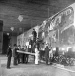 1977-3815 Voorbereidingen voor de tentoonstelling Weerbare Democratie . Volk in Verzet. De tentoonstelling werd op 4 ...