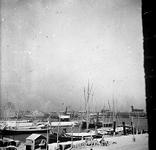 2005-317-79 Veerhaven met op de achtergrond de Nieuwe Maas