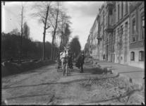 2007-2549-01 De opgebroken Mauritsweg met paard-en-wagen.