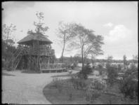 2007-2556-08 Een park met uitkijktoren in de omgeving van de Bergse Voorplas te Hillegersberg.